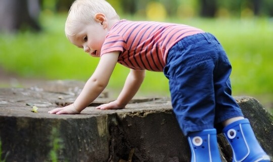 Toddler outdoors before bedtime