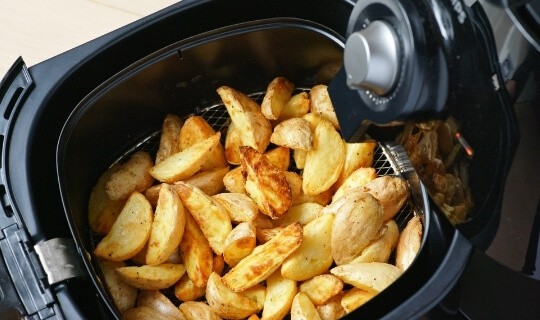 air fryer saves time in the kitchen